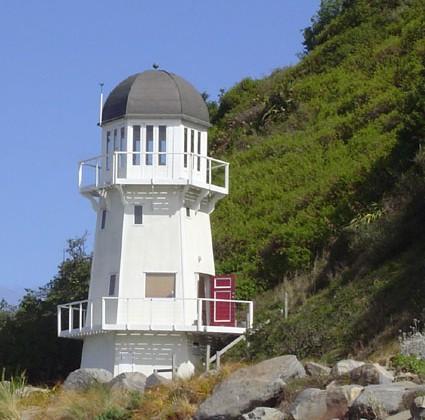 Rent a lighthouse New Zealand